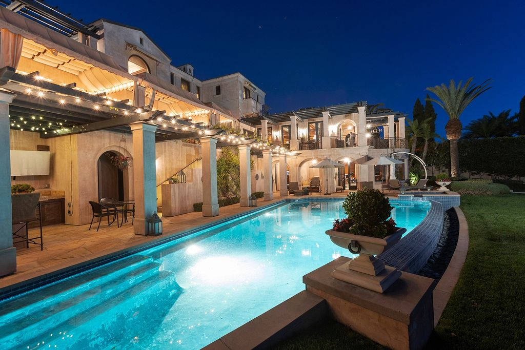 An Extraordinary Newport Beach Villa with Unimpeded View Asking for $23,900,000