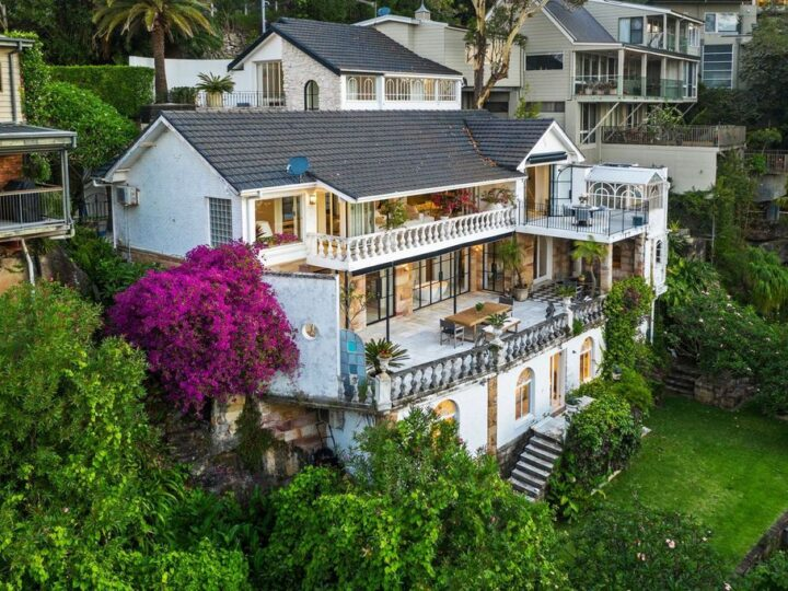 Gorgeous Palm Beach villa in New South Wales with idyllic views of Pittwater bay for sale