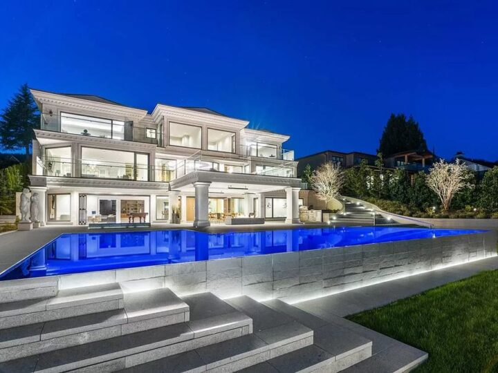 Grandeur Luxury Home in West Vancouver with Brilliant Design Sell for C$15,998,000