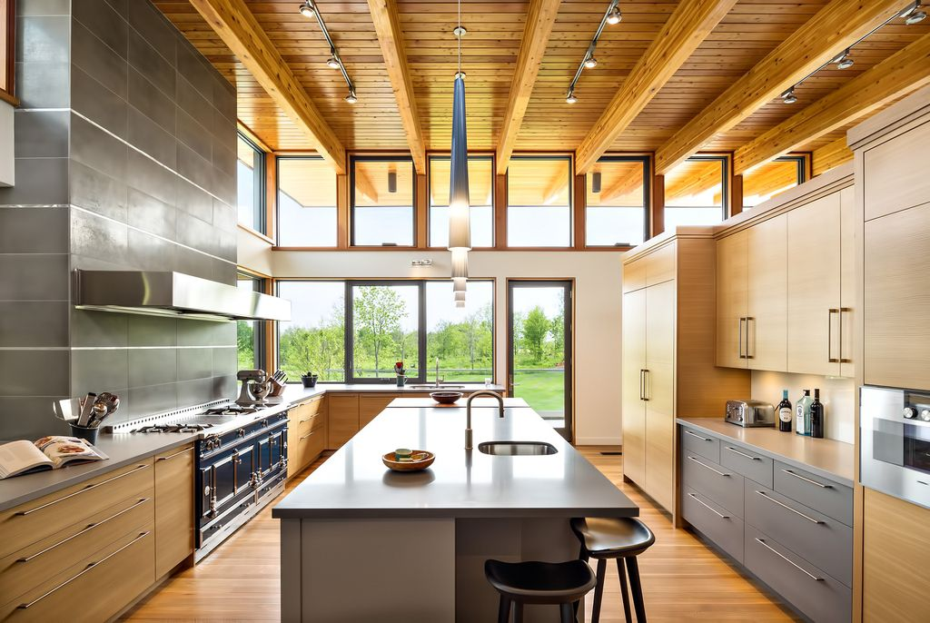 Millgrove House with Stunning views of Farmland by Toms+McNally DesignMillgrove House with Stunning views of Farmland by Toms+McNally Design