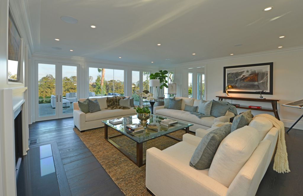 Pacific Palisades traditional home restored by Shain Development Inc
