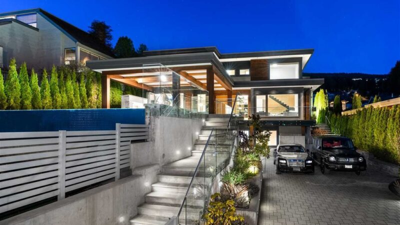 Sensational World-Class Property in West Vancouver with Jaw-Dropping Ocean Views Asking for C$6,298,000