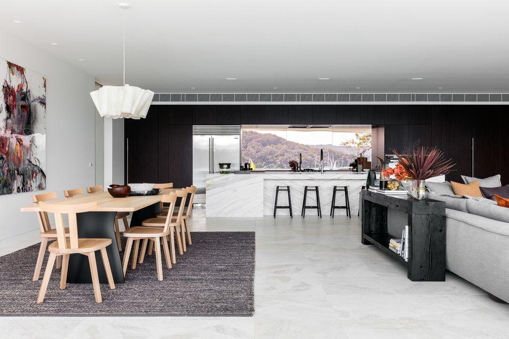 Waterfront Retreat House with Beautiful Nature by Koichi Takada Architects