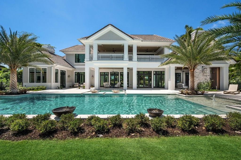 A Breathtakingly Landscaped Home in Naples comes to Market at $13,900,000