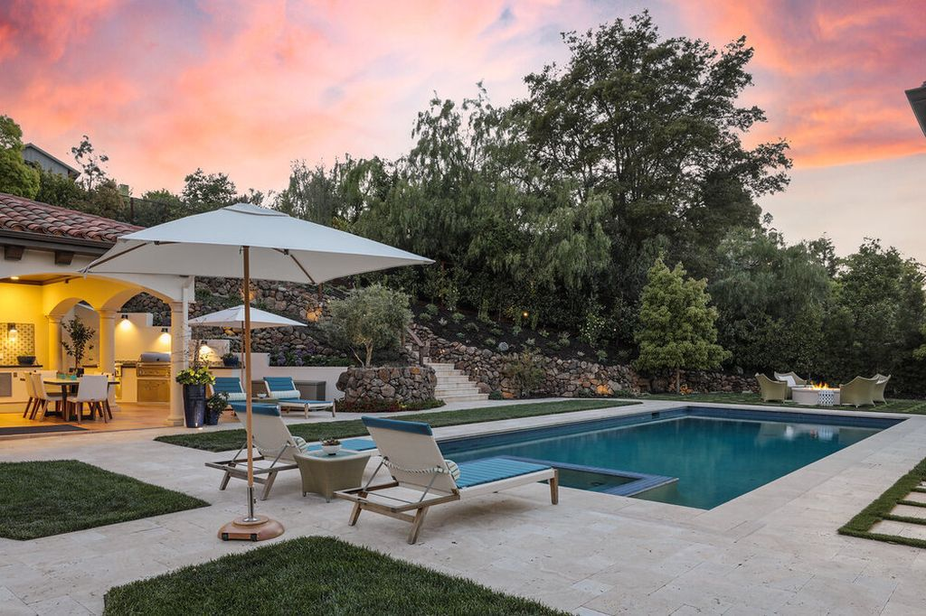 The Home in Palo Alto is a remarkable estate with Bay Views, Vast Level Space maximizing the indoor outdoor California lifestyle now available for sale. This home located at 883 Robb Rd, Palo Alto, California