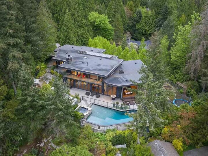 Green Summer House in West Vancouver with Breathtaking Ocean Views listed for C$9,680,000