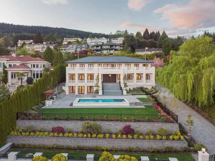 Lavish Mansion in West Vancouver with Spectacular Views of Ocean, and City hits Market for C$19,880,000