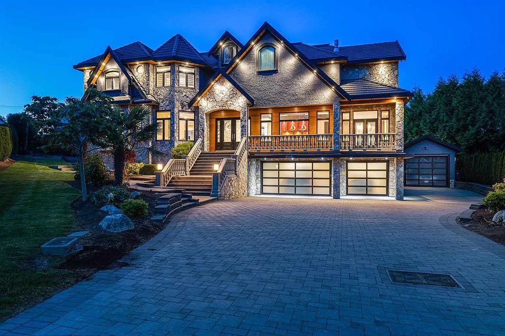 Luxurious Traditional Style House in Surrey with Stone Facade Listed for C$3,549,000