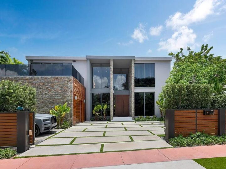 Newly Built Tropical Modern Home in Miami Beach hits Market for $6,495,000