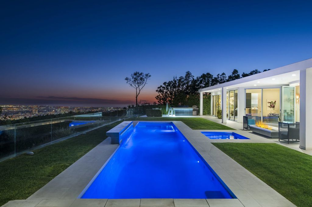 Newly Remodeled Mid-century Contemporary Home in Beverly Hills asks for $17,000,000
