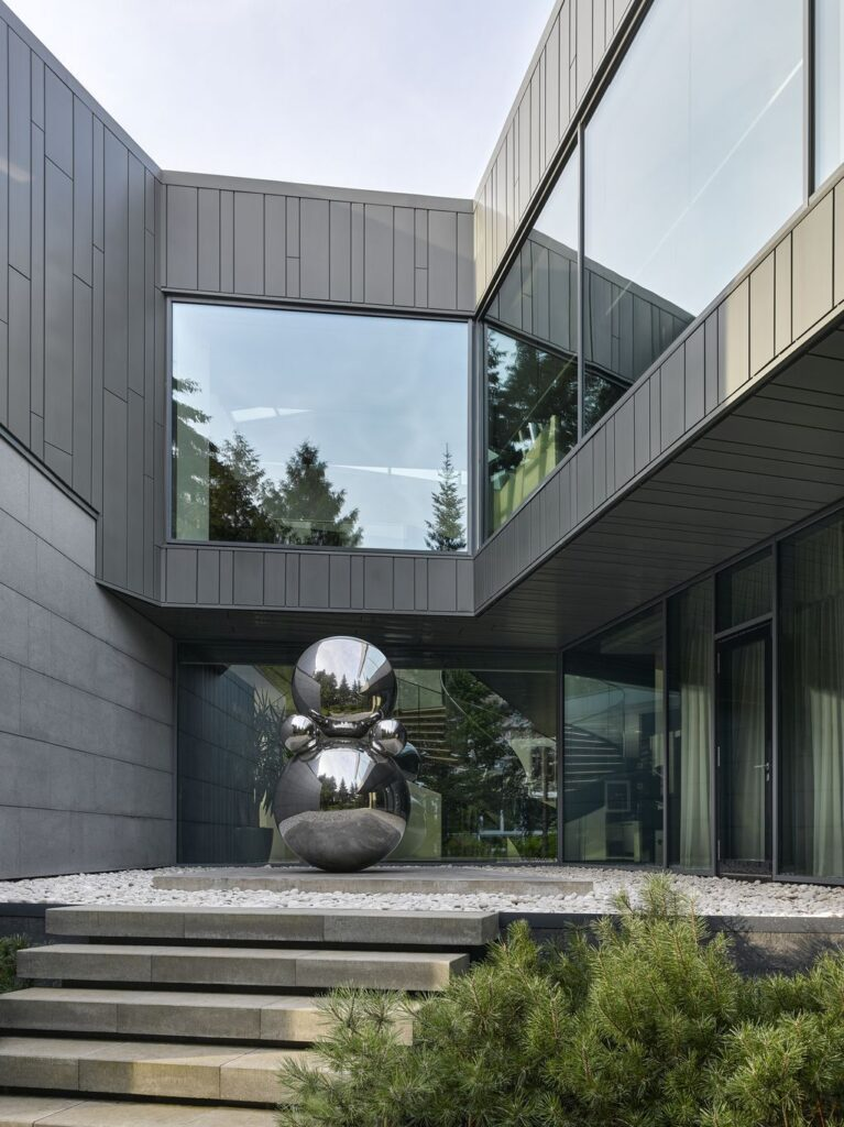 Silver Pine residence, Luxurious & prominent project in Moscow by SAOTA