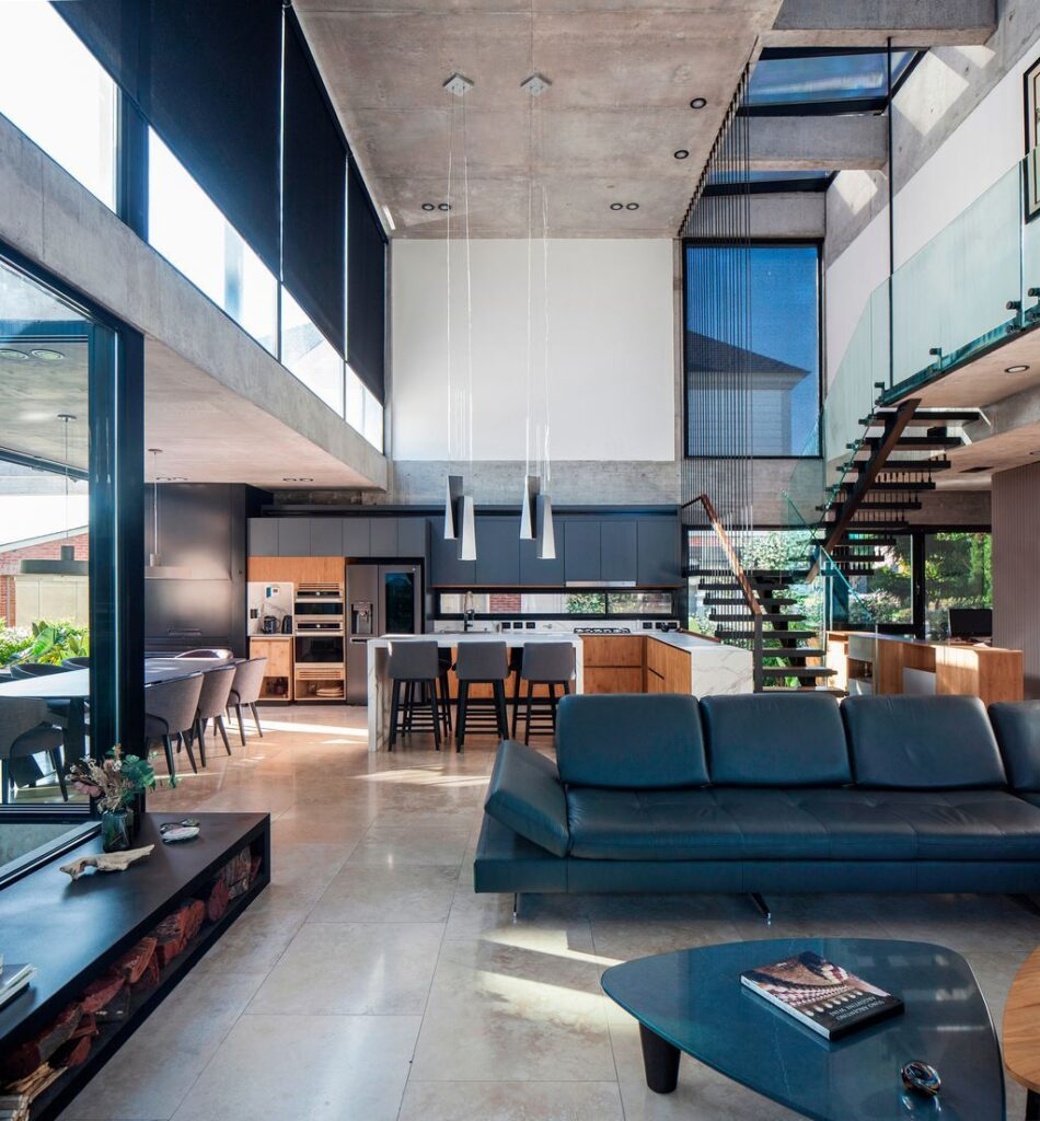 Sophisticated Y House in Argentina by Jorgelina Tortorici & Asociados