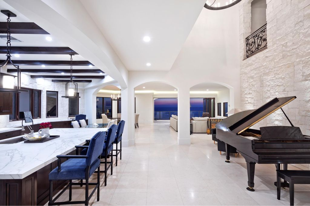 Unquestionable sleek villa in California with endless views of Redondo Beach