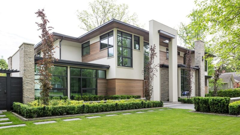Modern Oasis House, a Natural Modern Project by David Small Designs