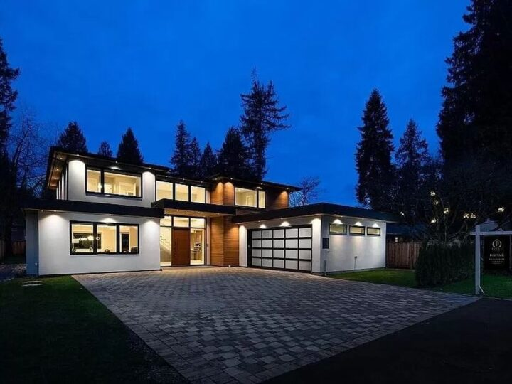 State-of-The-Art Cosy Home in North Vancouver with Outdoor Greenery Sells for C$3,788,000