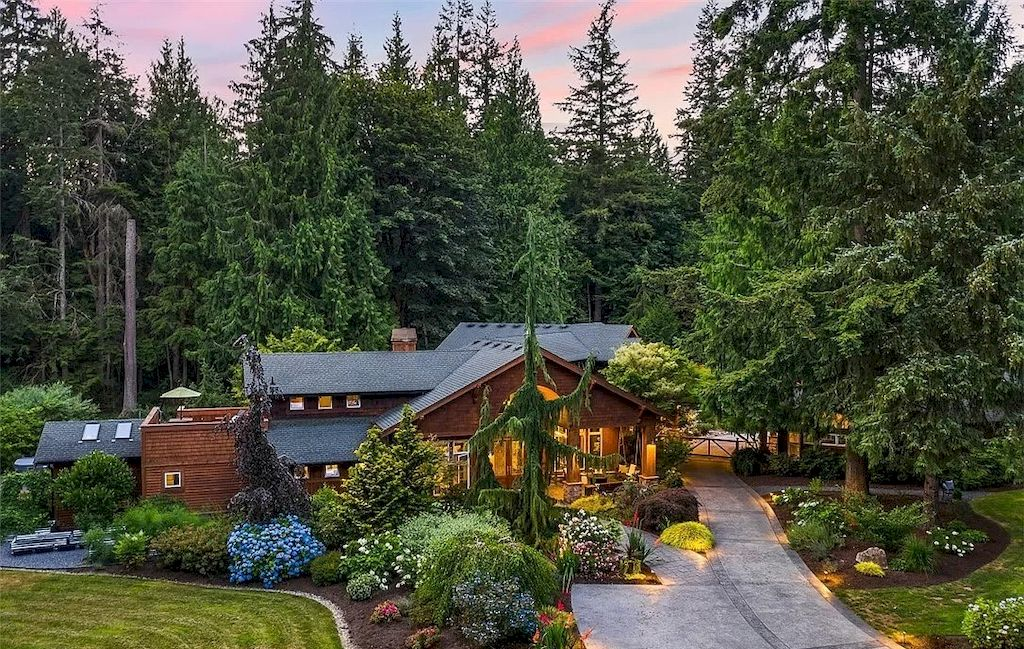 The Idyllic Washington Retreat is set on nearly 3 acres in The Woodlands, a gated enclave of luxury properties now available for sale. This home is located at 7325 259th Pl NE, Redmond, Washington