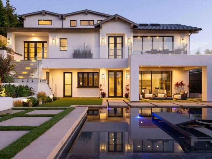 This $13,700,000 Contemporary Ocean View Home in Corona Del Mar offers inordinate space and privacy