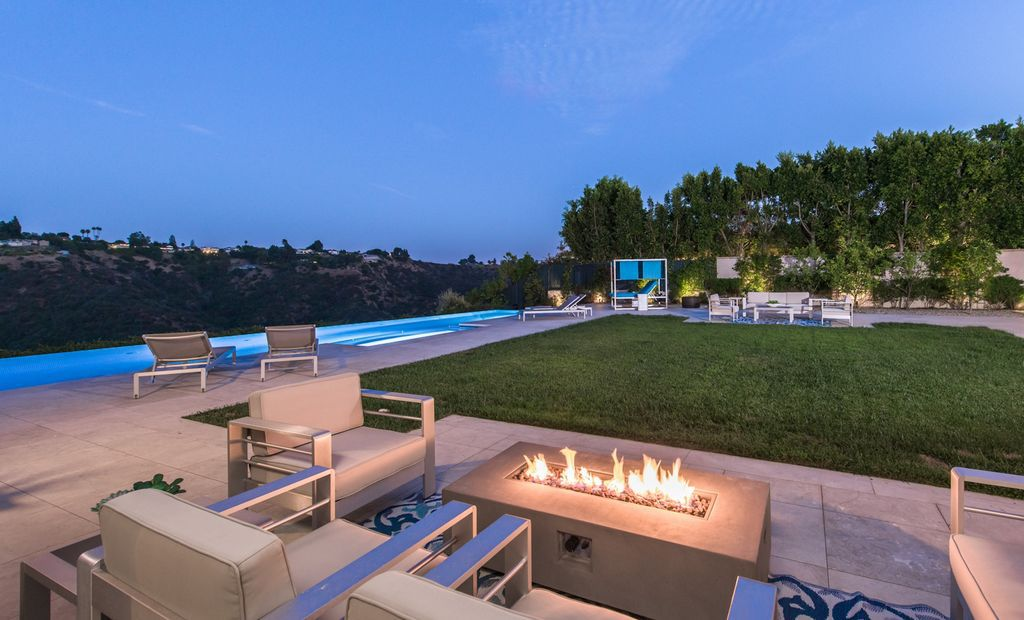 The Mediterranean Mansion in Beverly Hills is an unmatched contemporary estate behind the guarded gates of the celebrity enclave, Bel Air Crest now available for sale. This home located at 11782 Southampton Ct, Beverly Hills, California