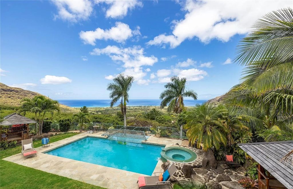 The House of Hawaii's Gorgeous Ocean and Verdant Mountain Views Hits Market for $3,500,000