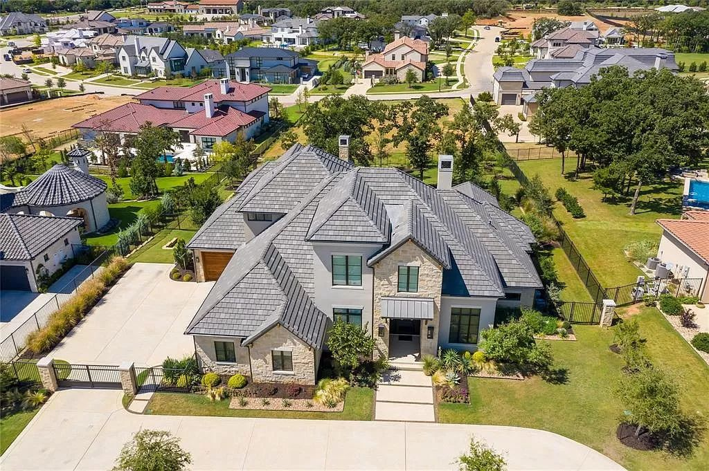 A Private Westlake Home with Latest in Architectural Amenities for Sale at $3,185,000