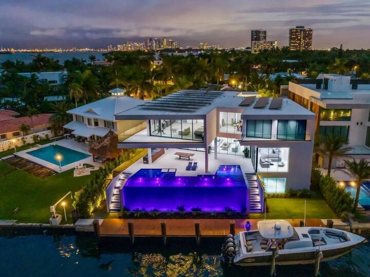 Professionally Designed Contemporary Home in Miami hits Market for $14,900,000