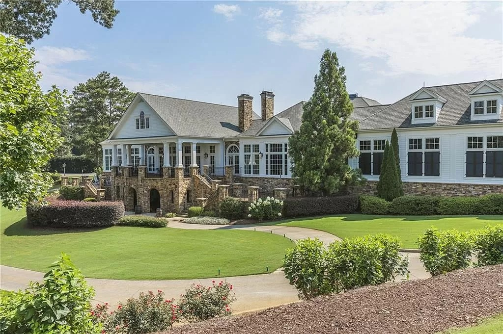 Residence of Opulence in Georgia Hits Market for $9,000,000