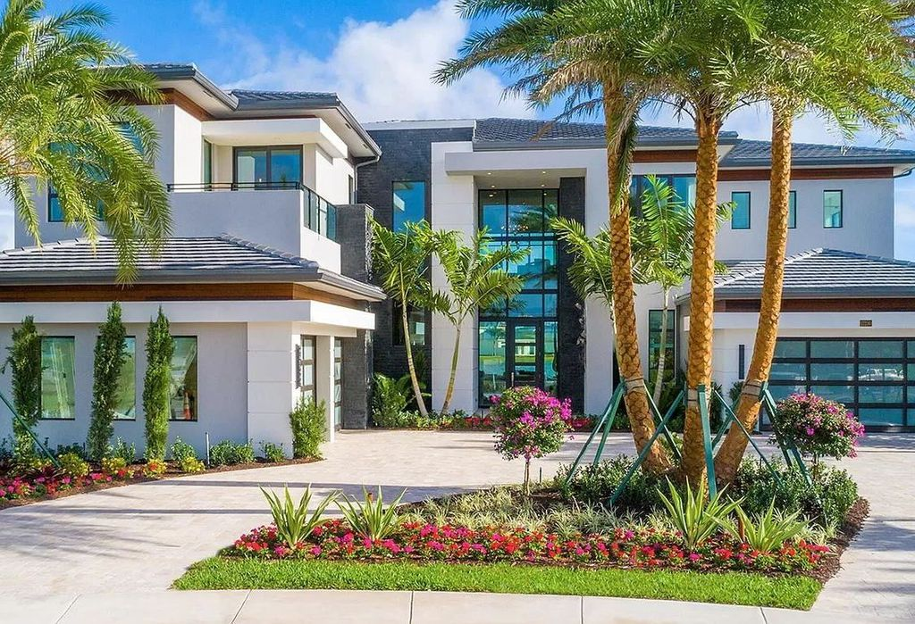 Brand New Boca Raton Home on a Magnificent Point Pie Lot for Sale at $5,7000,000