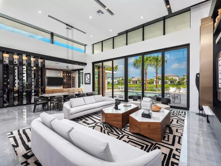Brand New Modern One Story Home in Boca Raton with Fabulous Backyard hit Market for $4,600,000