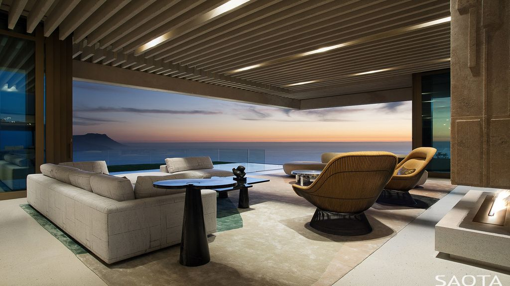 OVD 919, Mountainside villa with Spectacular Cape Town views by SAOTA