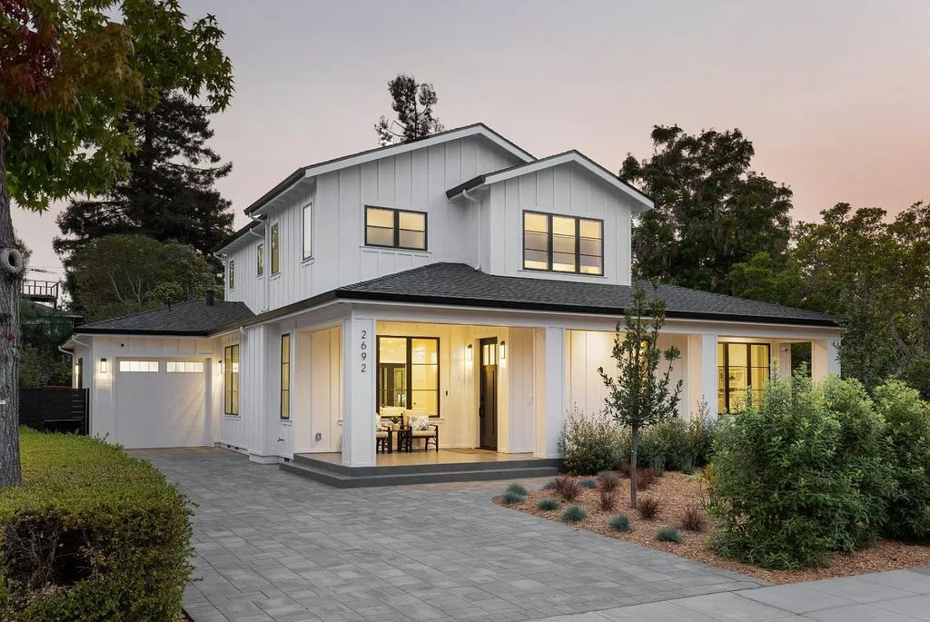 This $5,880,000 New Home in Palo Alto with Smart Technology is a Modern Interpretation of Classic Farmhouse Style
